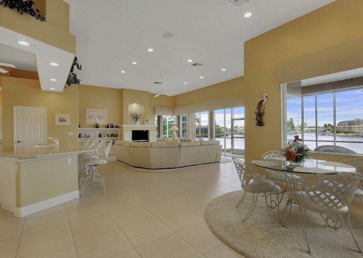 ~~LARGE HOME WITH FANTASTIC WATERVIEW & SUNSETS~~ #12