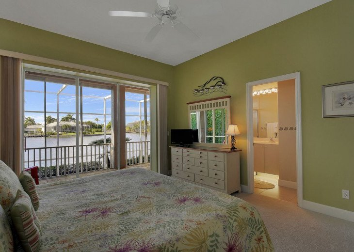 ~~LARGE HOME WITH FANTASTIC WATERVIEW & SUNSETS~~ #15