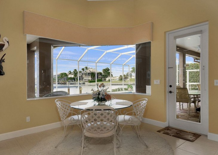 ~~LARGE HOME WITH FANTASTIC WATERVIEW & SUNSETS~~ #3