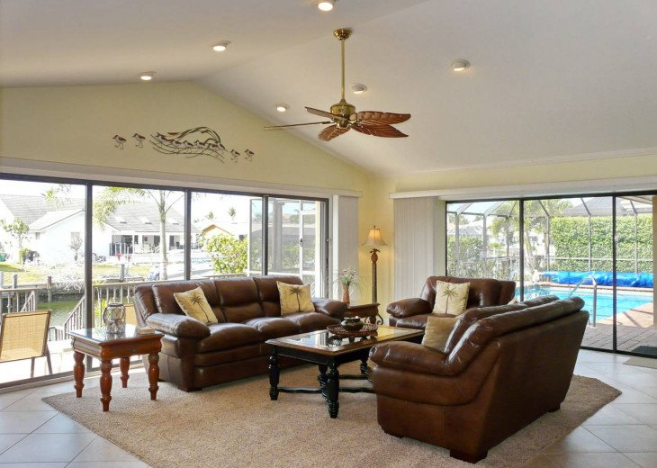 ~ Spacious Waterfront 4 Bedroom with Large Heated SW Facing Pool ~ #8