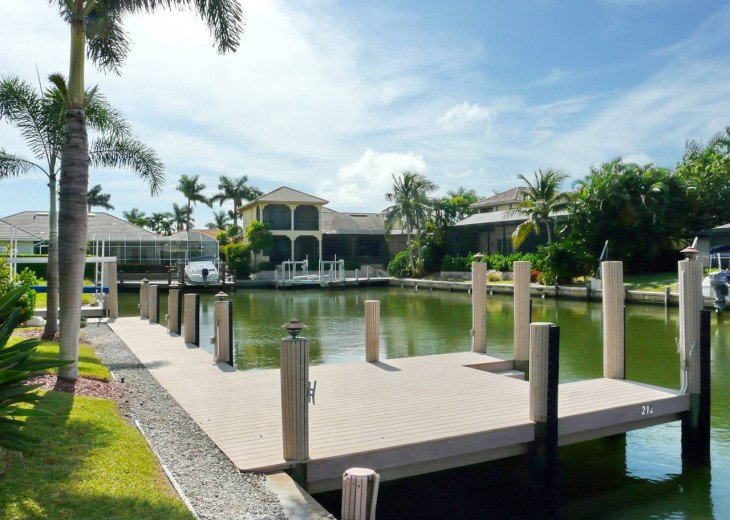 ~ Spacious Waterfront 4 Bedroom with Large Heated SW Facing Pool ~ #28