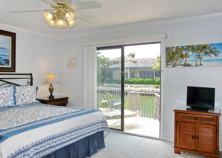 ~ Spacious Waterfront 4 Bedroom with Large Heated SW Facing Pool ~ #22