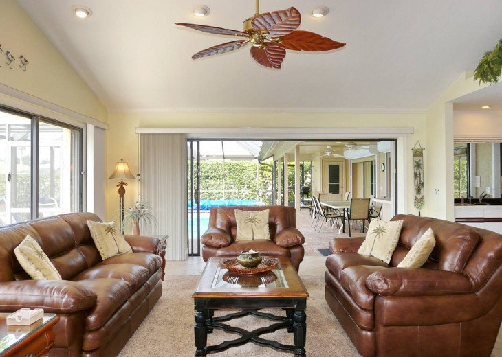 ~ Spacious Waterfront 4 Bedroom with Large Heated SW Facing Pool ~ #9