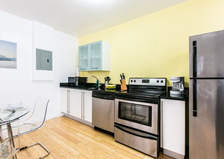 Gorgeous & Modern Apartment In The Heart Of Miami Beach, Sleeps 5 Guest!!! #7
