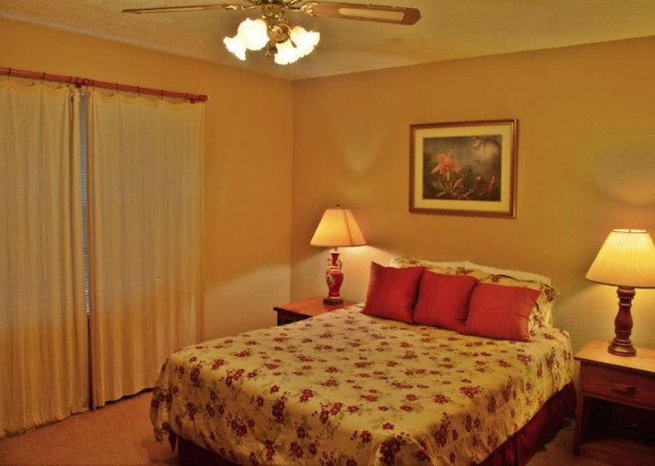 Enjoy the White Sand Beaches. Completely furnished Home, Pets Welcome #16