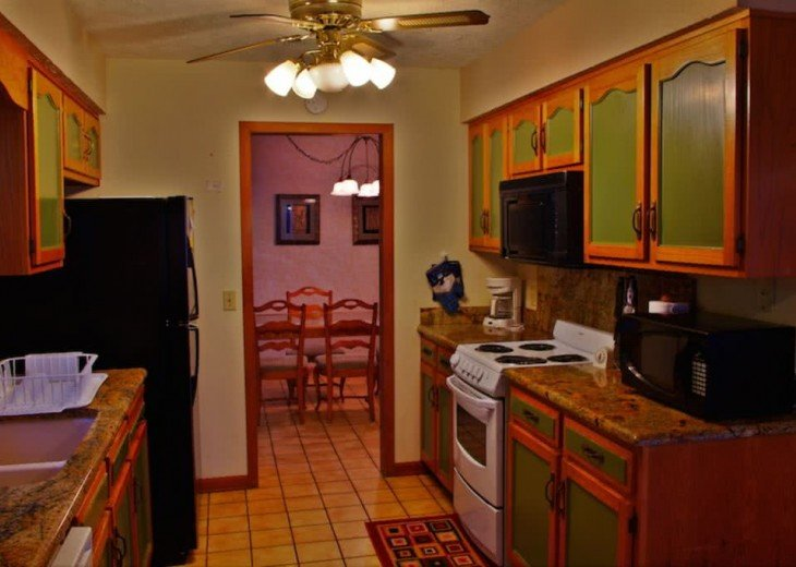 Enjoy the White Sand Beaches. Completely furnished Home, Pets Welcome #19
