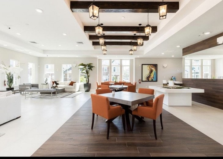 Gorgeous Modern Luxurious W/ pool, hot tub, fitness centre mins away from Disney #9