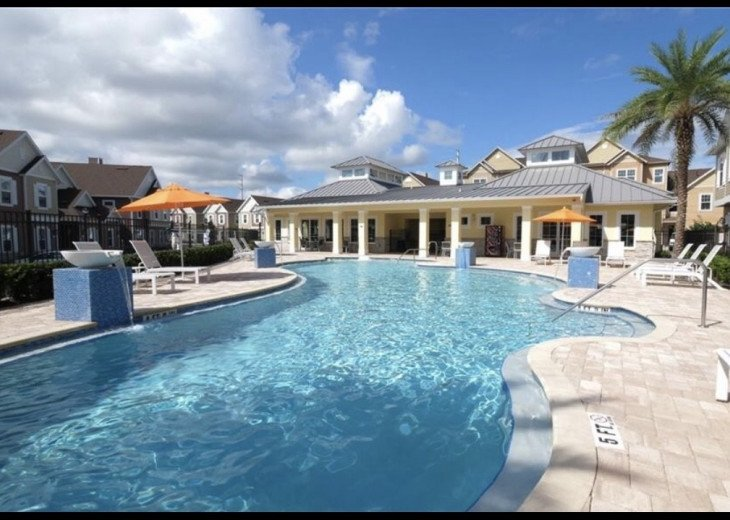 Gorgeous Modern Luxurious W/ pool, hot tub, fitness centre mins away from Disney #14