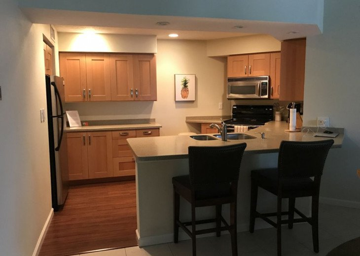 2 BR, 2 BA, Sleeps 4, Poolside Condo with all the amenities #10