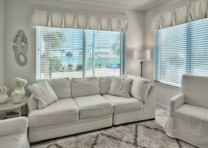 Beautiful Condo in Leeward Key 2 bdr. Sleeps 6 -2 pools One on Beach! #15