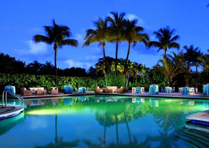 Key Biscayne FL. Ritz Carlton Ocean Front Hotel, 1 Bdr Suite double balcony #17