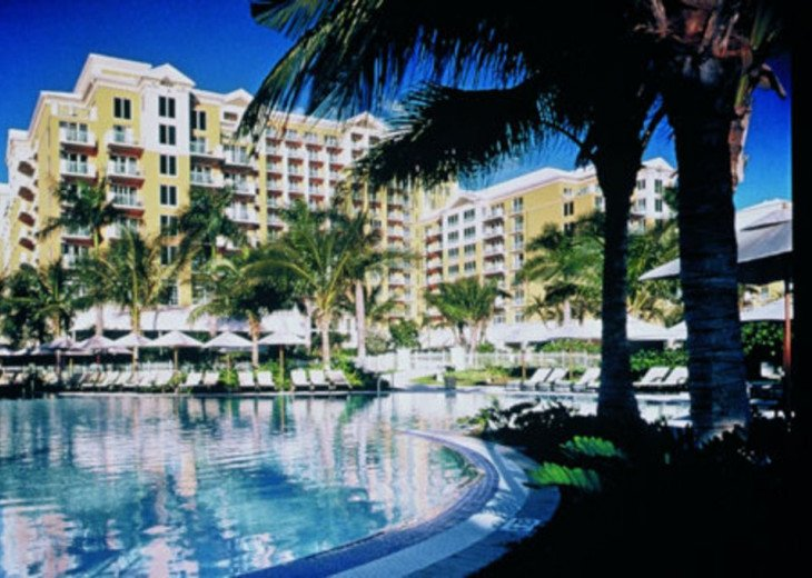 Key Biscayne FL. Ritz Carlton Ocean Front Hotel, 1 Bdr Suite double balcony #18