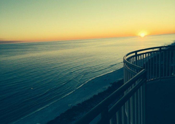 Beach Colony East, Spectacular 15th Floor Beachfront Views, Directly on beach #42