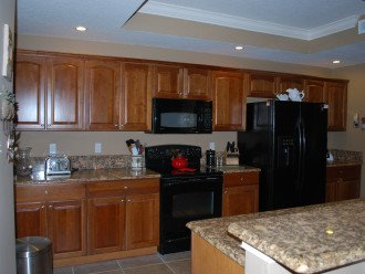 Spacious, fully equipped kitchen