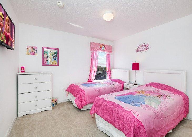 2 Master Bedrooms - Luxury 4 Bedroom Villa, South Facing Pool, Wifi & Smart TV's #20
