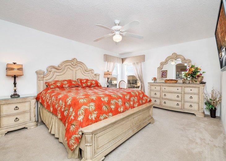 2 Master Bedrooms - Luxury 4 Bedroom Villa, South Facing Pool, Wifi & Smart TV's #13