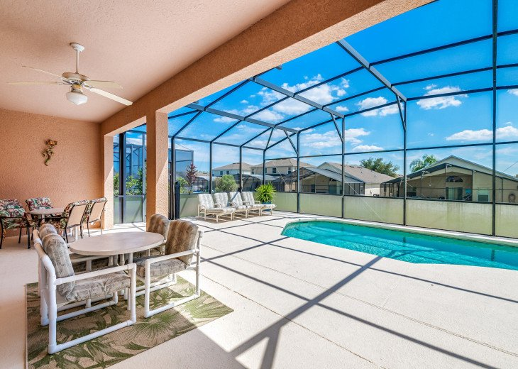 2 Master Bedrooms - Luxury 4 Bedroom Villa, South Facing Pool, Wifi & Smart TV's #29