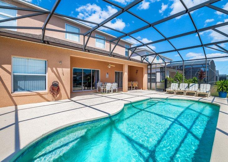 2 Master Bedrooms - Luxury 4 Bedroom Villa, South Facing Pool, Wifi & Smart TV's #32