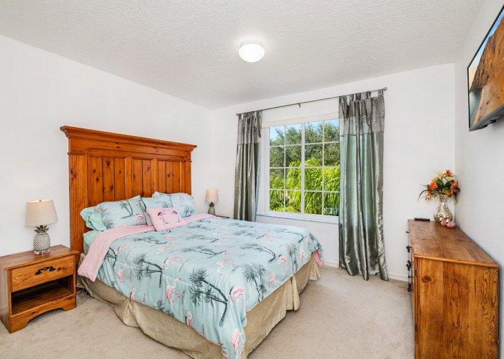2 Master Bedrooms - Luxury 4 Bedroom Villa, South Facing Pool, Wifi & Smart TV's #18