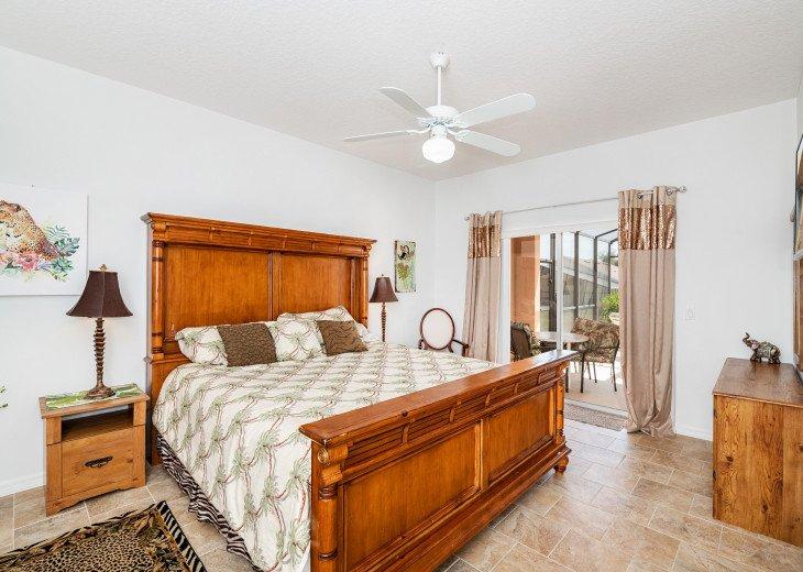 2 Master Bedrooms - Luxury 4 Bedroom Villa, South Facing Pool, Wifi & Smart TV's #16