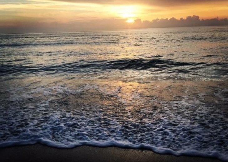Oceanfront condo Hutchinson island #10