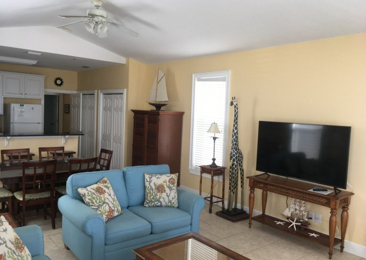 Beach Front 3BR/3.5BA Private Bathrooms!! Pet Friendly! Private Boardwalk right #12
