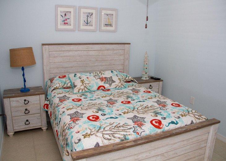 Guest Bedroom - Queen with flat screen tv