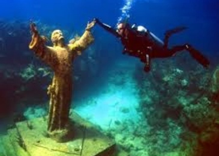Christ of the Abyss at John Pennekamp State Park!