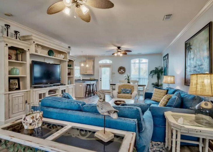Beautiful Blue Bungalow - Sleeps 9 Emerald Shores Destin/Miramar Beach FL #4