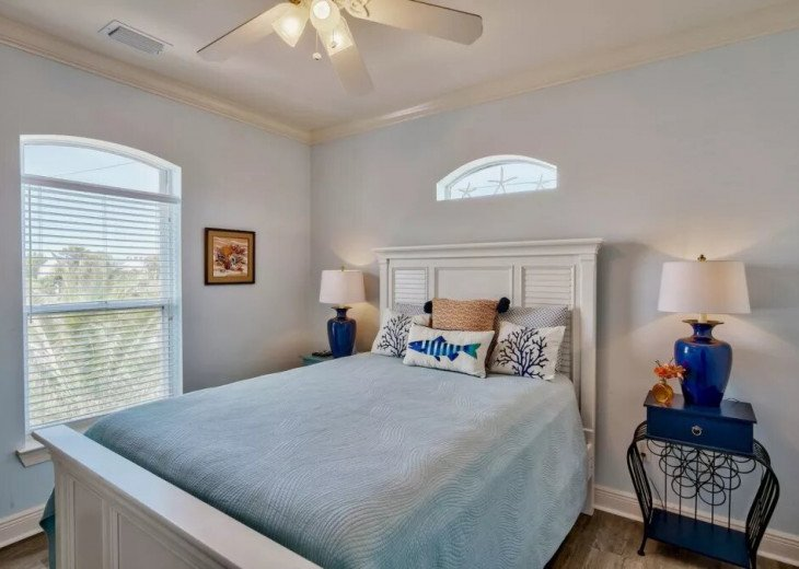 Beautiful Blue Bungalow - Sleeps 9 Emerald Shores Destin/Miramar Beach FL #16