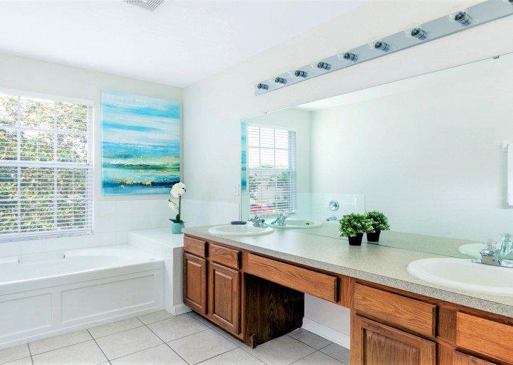 ❤️*Newly Renovated* Luxury 6BR Windsor Hills Pool Villa, 2 miles to Disney #34