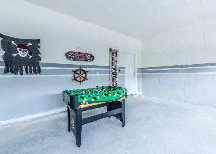 Modern 5BD 4BA Windsor at Westside Private Pool & Spa Games Room #37