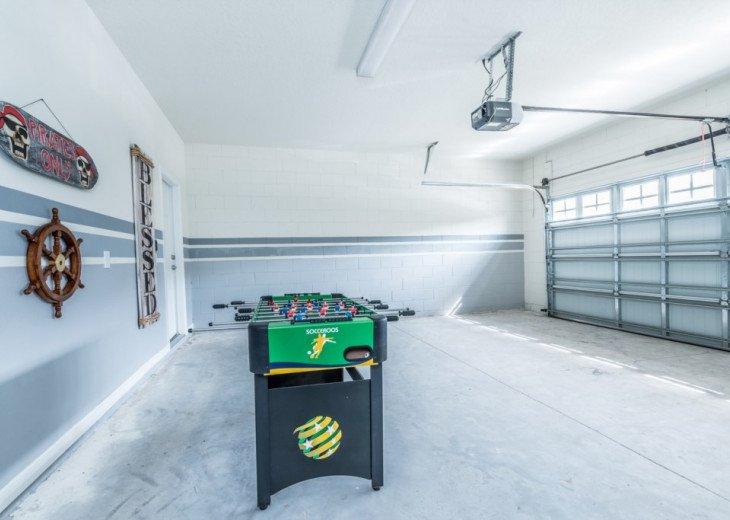 Modern 5BD 4BA Windsor at Westside Private Pool & Spa Games Room #36
