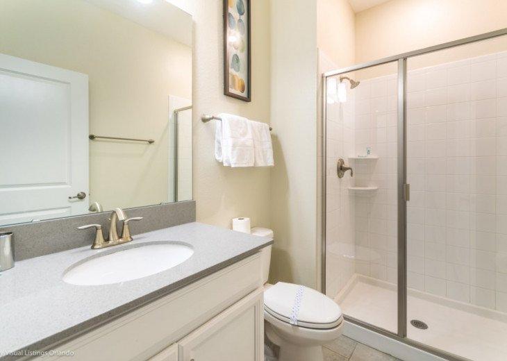 Modern 4BD 3BA Town Home Sleeps 10. Pool. Lazy River, Bar, Restaurant Resort! #13