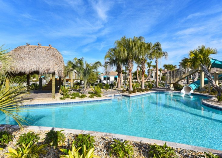 Modern 4BD 3BA Town Home Sleeps 10. Pool. Lazy River, Bar, Restaurant Resort! #32