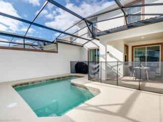 Modern 4BD 3BA Town Home Sleeps 10. Pool. Lazy River, Bar, Restaurant Resort! #1