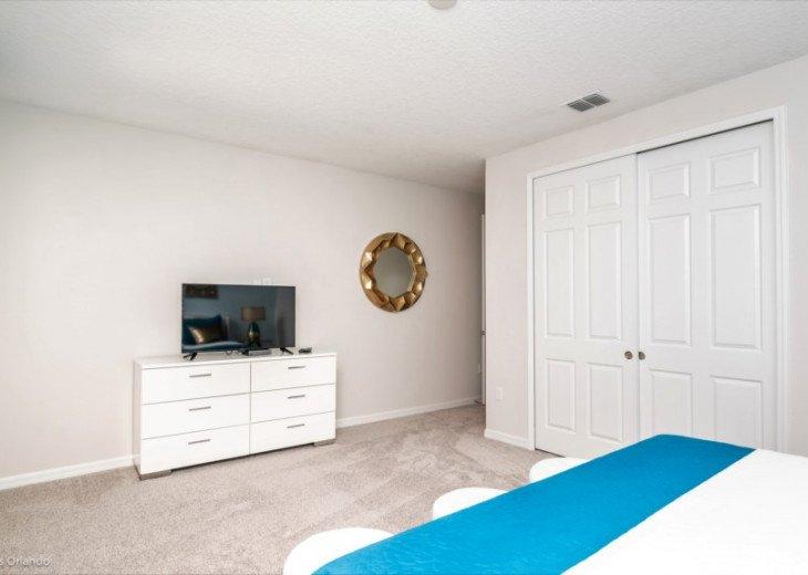 Fantastic 5BD 4BA Solara. Private Pool/Spa. TV Den/Loft. Games Room. Great Value #24