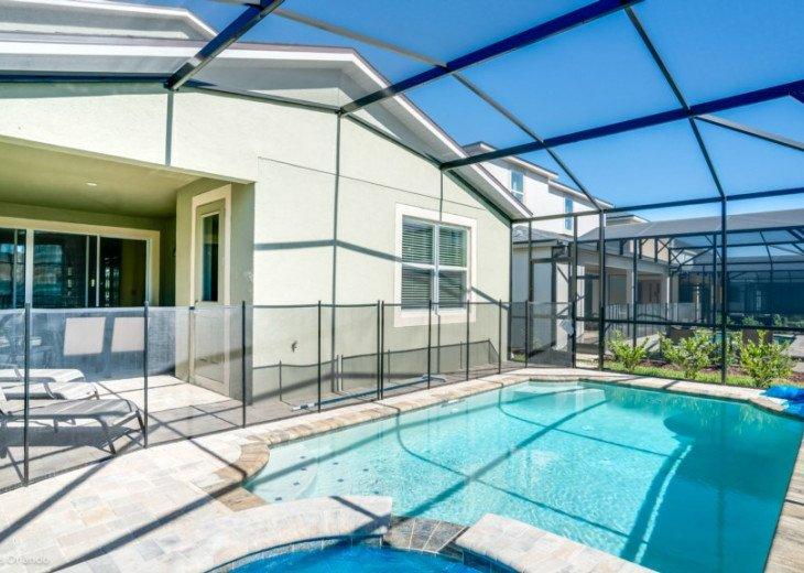 Fantastic 5BD 4BA Solara. Private Pool/Spa. TV Den/Loft. Games Room. Great Value #32