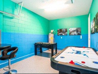 Fantastic 5BD 4BA Solara. Private Pool/Spa. TV Den/Loft. Games Room. Great Value #1