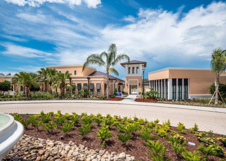 Modern 6BD 5BA Pool and Spa Free use of Solara Resort Facilities #60