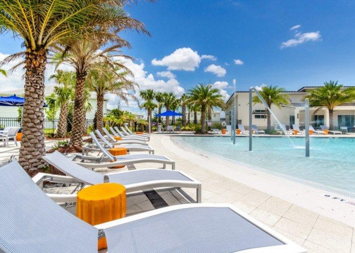 Modern 10BD 8BA Sonoma. Pool/Spa. Cinema Room. Free use of Resort Facilities. #72