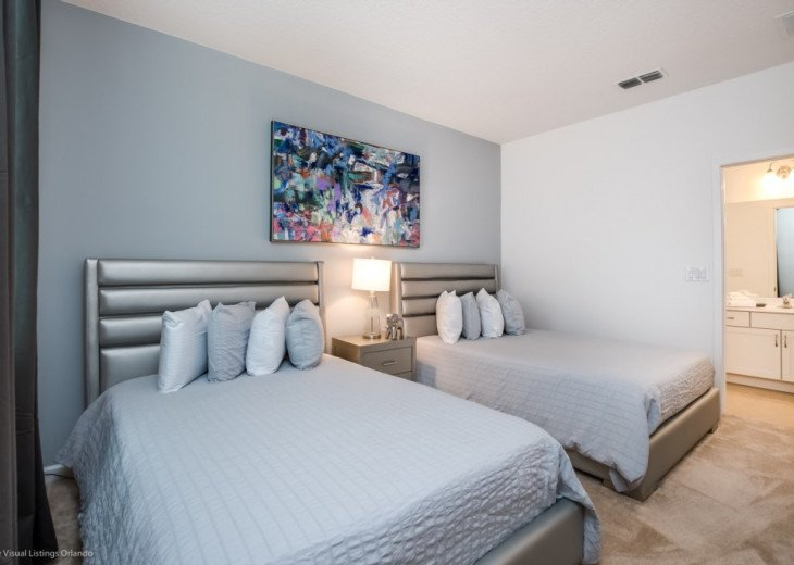 Modern 10BD 8BA Sonoma. Pool/Spa. Cinema Room. Free use of Resort Facilities. #45