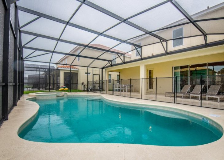 Wonderful 9BD 7BA Pool/Spa Games Room Free use of Solterra Resort Facilities #39