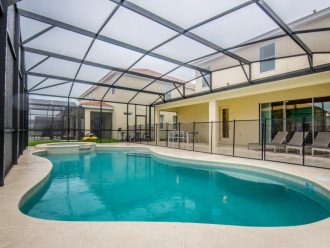Wonderful 9BD 7BA Pool/Spa Games Room Free use of Solterra Resort Facilities #1