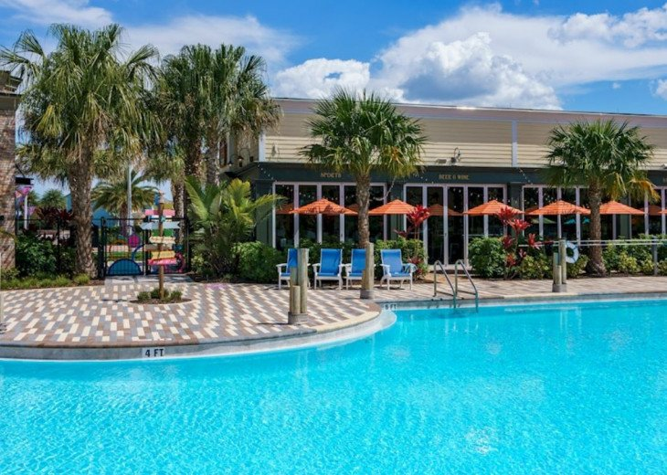 Fantastic 5BD 4BA Town Home Private Pool Free use of Festival Resort Facilities. #65