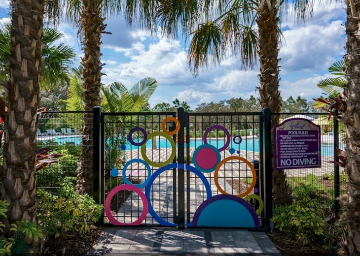 Fantastic 5BD 4BA Town Home Private Pool Free use of Festival Resort Facilities. #50