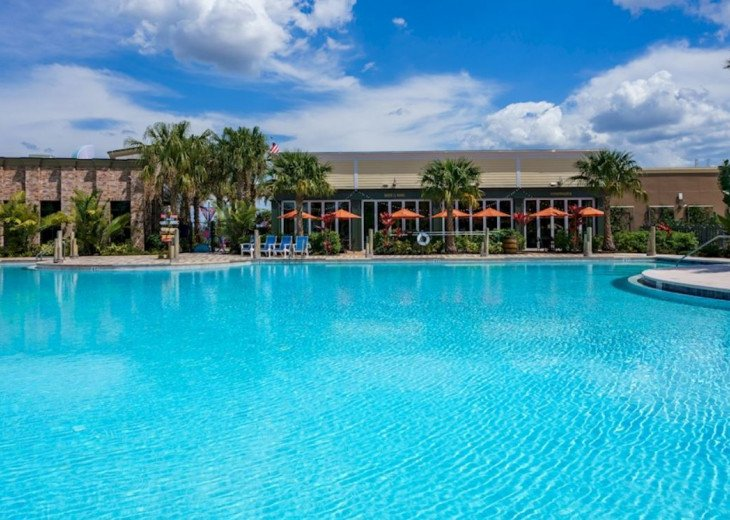 Fantastic 5BD 4BA Town Home Private Pool Free use of Festival Resort Facilities. #60