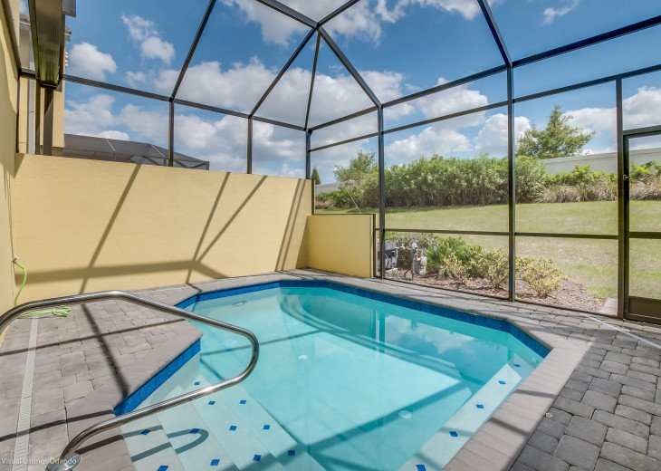 Fantastic 5BD 4BA Town Home Private Pool Free use of Festival Resort Facilities. #36