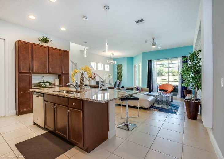 Fantastic 5BD 4BA Town Home Private Pool Free use of Festival Resort Facilities. #7