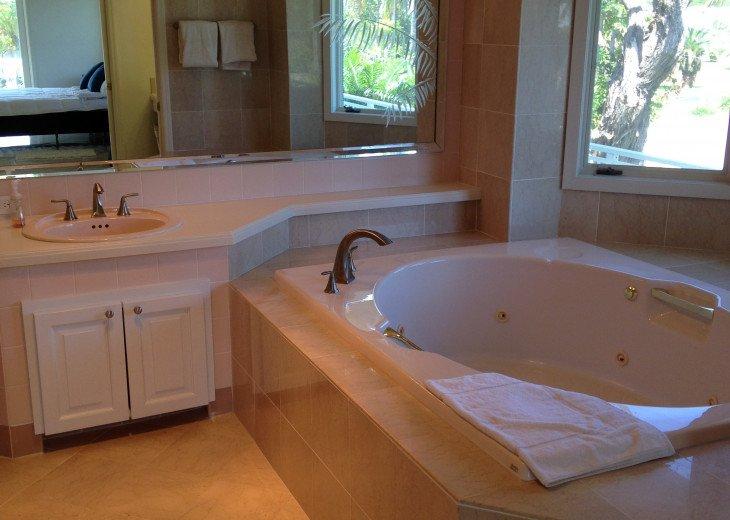 Luxury Florida Keys Estate #31